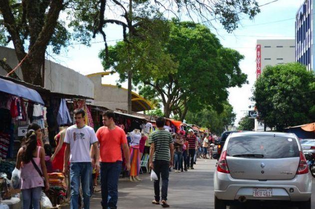 El bajo movimiento comercial turístico en Pedro Juan Caballero afecta a los negocios.