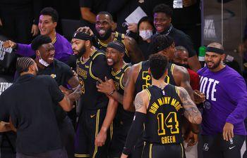 Los Lakers poseen 16 títulos de liga.