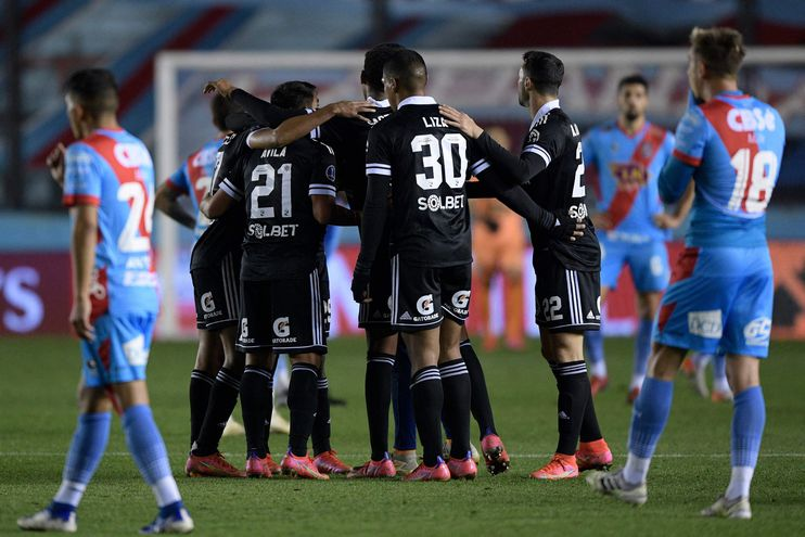 Sporting Cristal clasificó a los cuartos de final de la Libertadores.