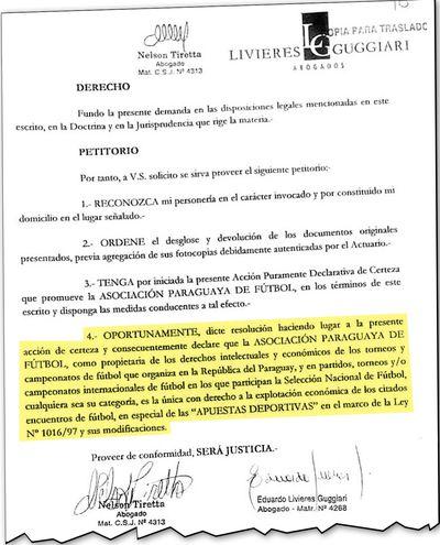 El punto 4 del escrito en el que se solicita declarar a la APF como propietaria de los derechos intelectuales y económicos de los torneos y campeonatos de fútbol  o partidos en los que participa la selección paraguaya.