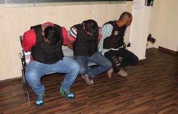 Parte del grupo de detenidos cuando fueron trasladados a la sede fiscal para prestar declaración.