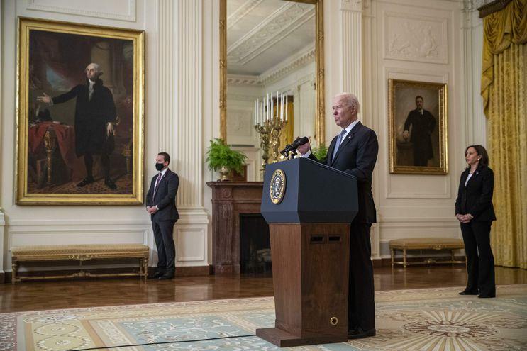 Joe Biden anunció la donación de vacunas a varios países. En Paraguay, la embajada de Estados Unidos se hizo eco del anuncio en su cuenta de Twitter.