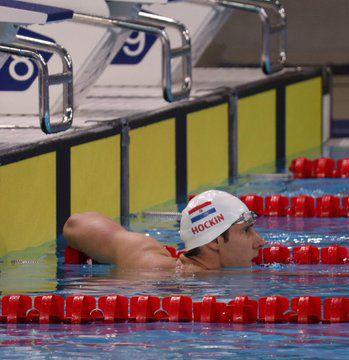 Benjamin Hockin clasificó a la final de los 100 metros mariposa.