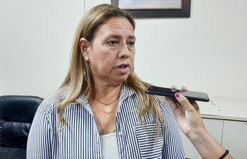 Porfiria Ocholasky, del Sindicato de Funcionarios Judiciales del Paraguay (Sifjupar).