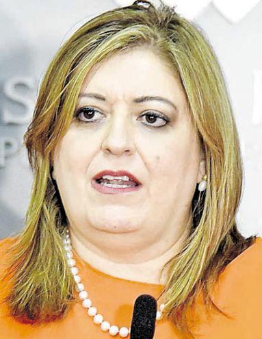 Solicitarán juicio político a la fiscala Sandra Quiñónez - Política - ABC  Color