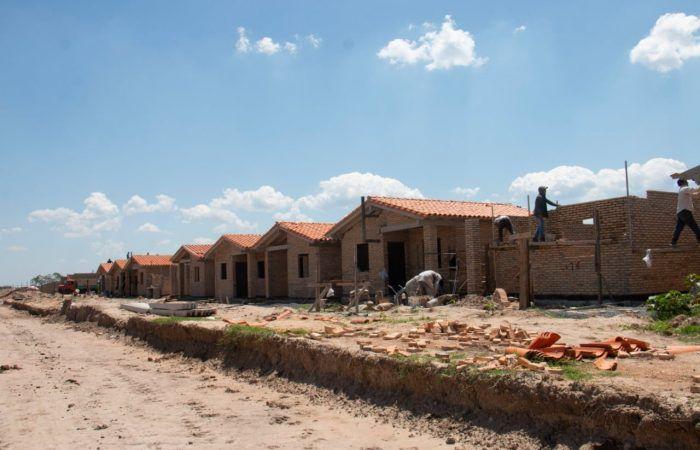 La construcción de viviendas se ejecutan como parte del plan de reactivación económica del Gobierno.