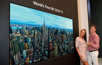 tv-8k-93322000000-1798076.jpg