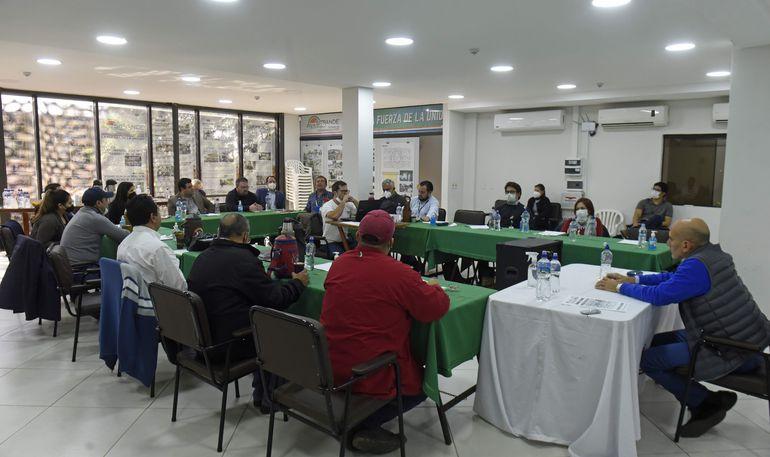 Carlos Mateo Balmelli, durante el taller debate organizado por Fetrasep.