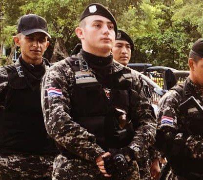 El suboficial López mientras prestaba servicios como Lince.