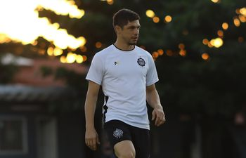 Rodrigo Rojas, Olimpia.