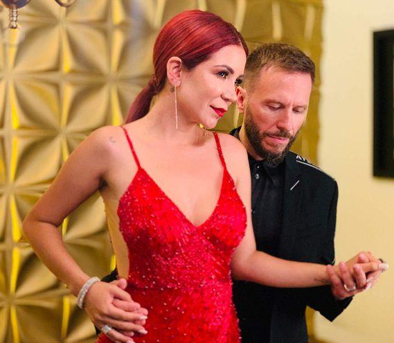 """Vanessa Añez y Noel Schajris, en un instante de la grabación del videoclip de """"Todavía""""."""