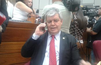 Senador Enrique Riera, ex Honor Colorado.
