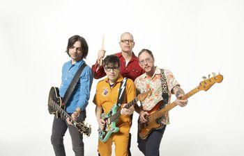 """La banda de rock Weezer presentará este jueves canciones que formarán parte de los álbumes """"Ok Human"""" y """"Van Weezer""""."""
