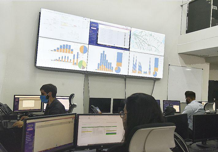 El Centro de Monitoreo reporta todos los movimientos de buses.