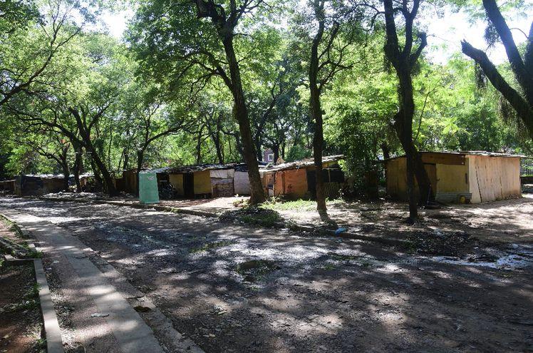 El Parque Caballero se ha convertido  en un asentamiento puesto que las familias están ahí hace 3 años.