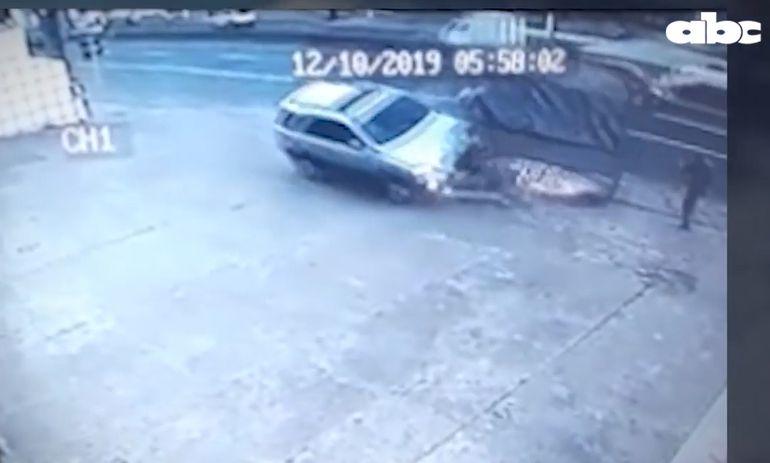 Momento del accidente en Capiatá.