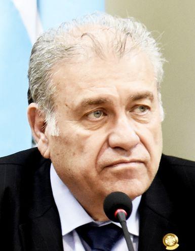 Ramón González Daher, imputado por usura y lavado, se presentará hoy ante la fiscalía, según anunció su defensor, el abogado Jorge Bogarín.