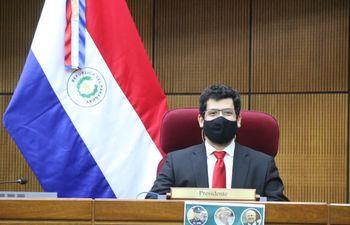 """El diputado Raúl Latorre es el presidente de la comisión de control de la ley de """"gasto cero"""" para pacientes con coronavirus."""
