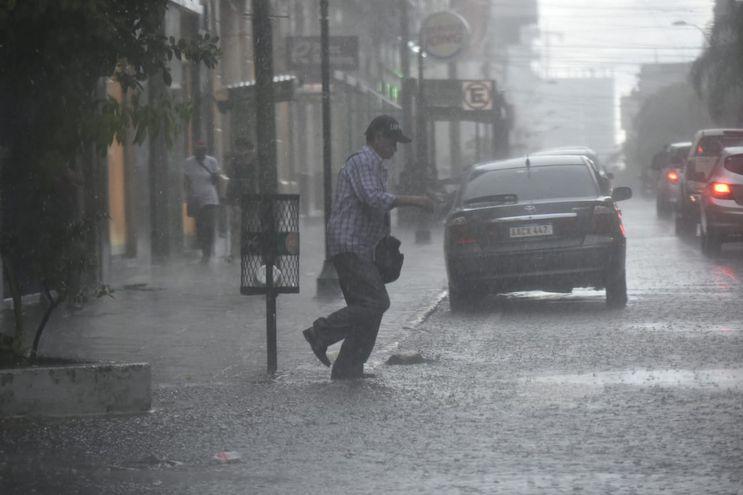 Meteorología anuncia lluvias para esta jornada.